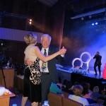Бондарчук Певец Танец под живое исполнение